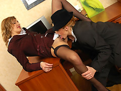 Lunch hour is the best time for lez fuck with secretary and female visitor